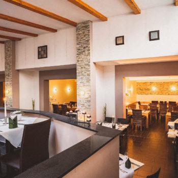 aqualux Restaurant modern
