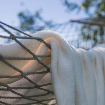 faul-blanket-1846052-1920-original-356240